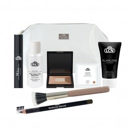 MAKE-UP TRAVEL SET